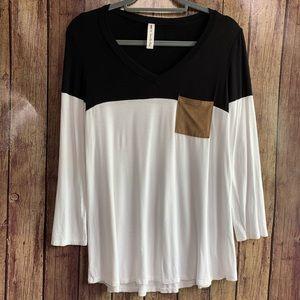 3/$25 Vanilla Bay Black & White Long Sleeve Top